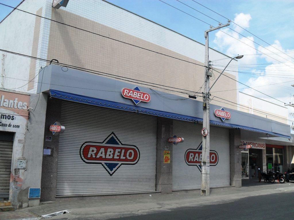 Resultado de imagem para Acordo Judicial garante pagamento a empregados demitidos ilegalmente das lojas Rabelo
