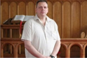 http://www.monolitospost.com/wp-content/woo_custom/1524-pastor.jpg