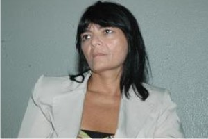http://www.monolitospost.com/wp-content/woo_custom/1588-Coordenadora_do_Procom_maria_dioneide.jpg