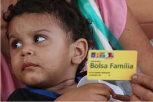 http://www.monolitospost.com/wp-content/woo_custom/1646-bolsa_familia.jpg